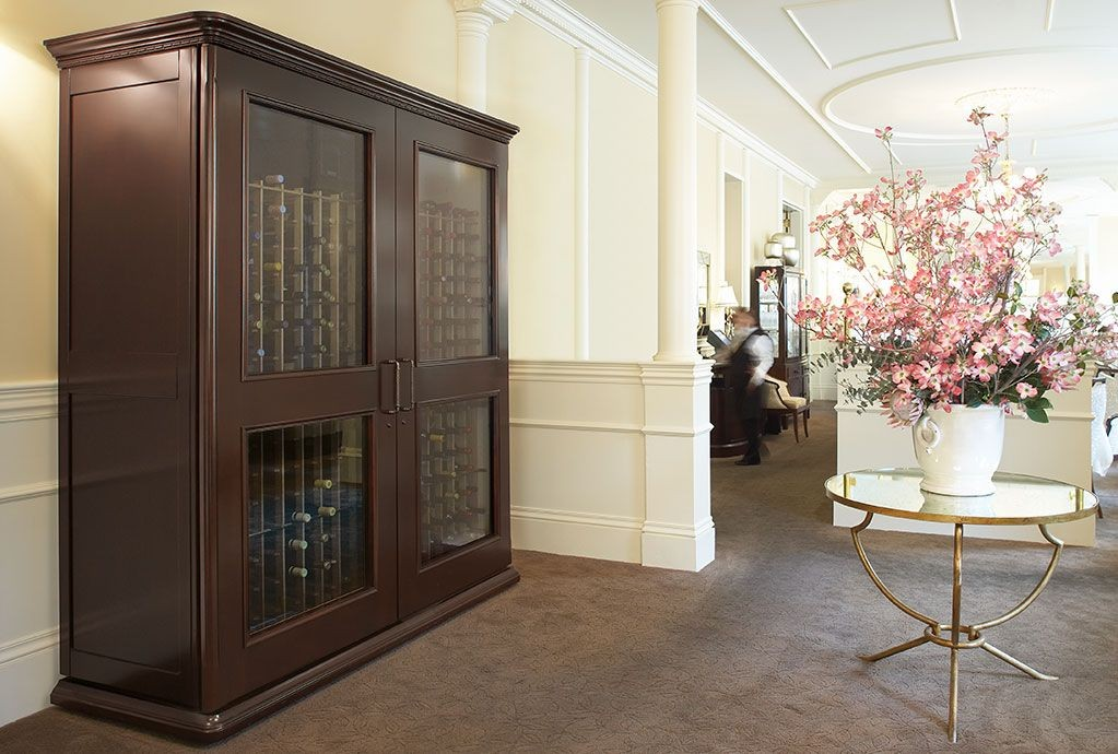 Refrigerated Wine Cooler Cabinet Furniture For Ideal Aging Conditions