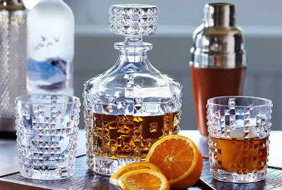Whisky Decanters & Glasses